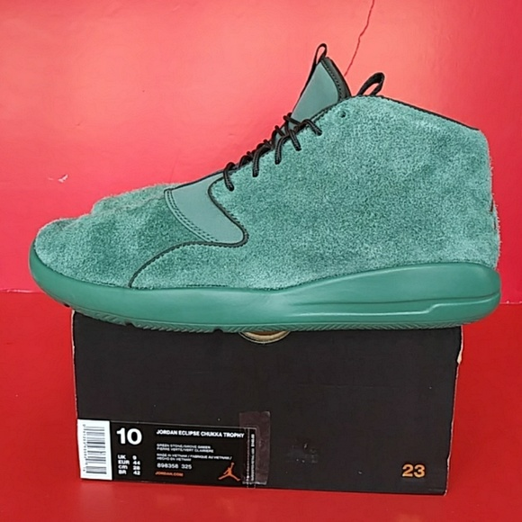 5cd08fc89f6a27 BRAND NEW AIR JORDAN ECLIPSE CHUKKA TROPHY
